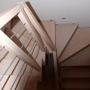 Schody dywanowe + balustrada reling